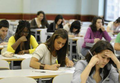 La Conselleria de Educación convoca las becas excelencia para universitarios excelentes
