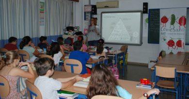 Las antípodas buscan profesores españoles.
