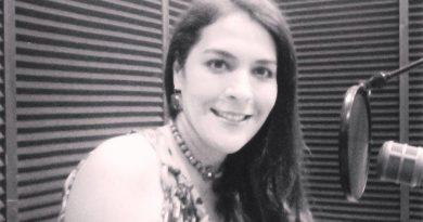 Geraldine Lange licenciada en Educación mención Ciencias Sociales