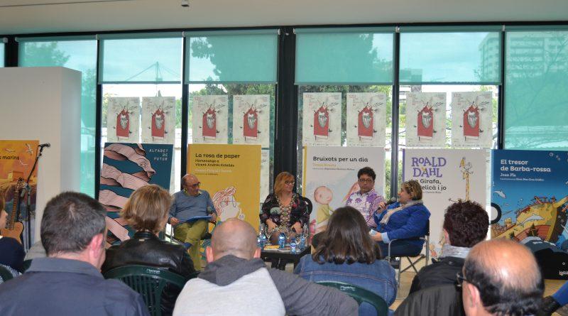 Escritores invitados en la presentación del sello